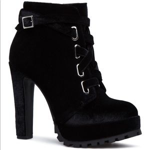 Shoedazzle velvet lace up biker booties